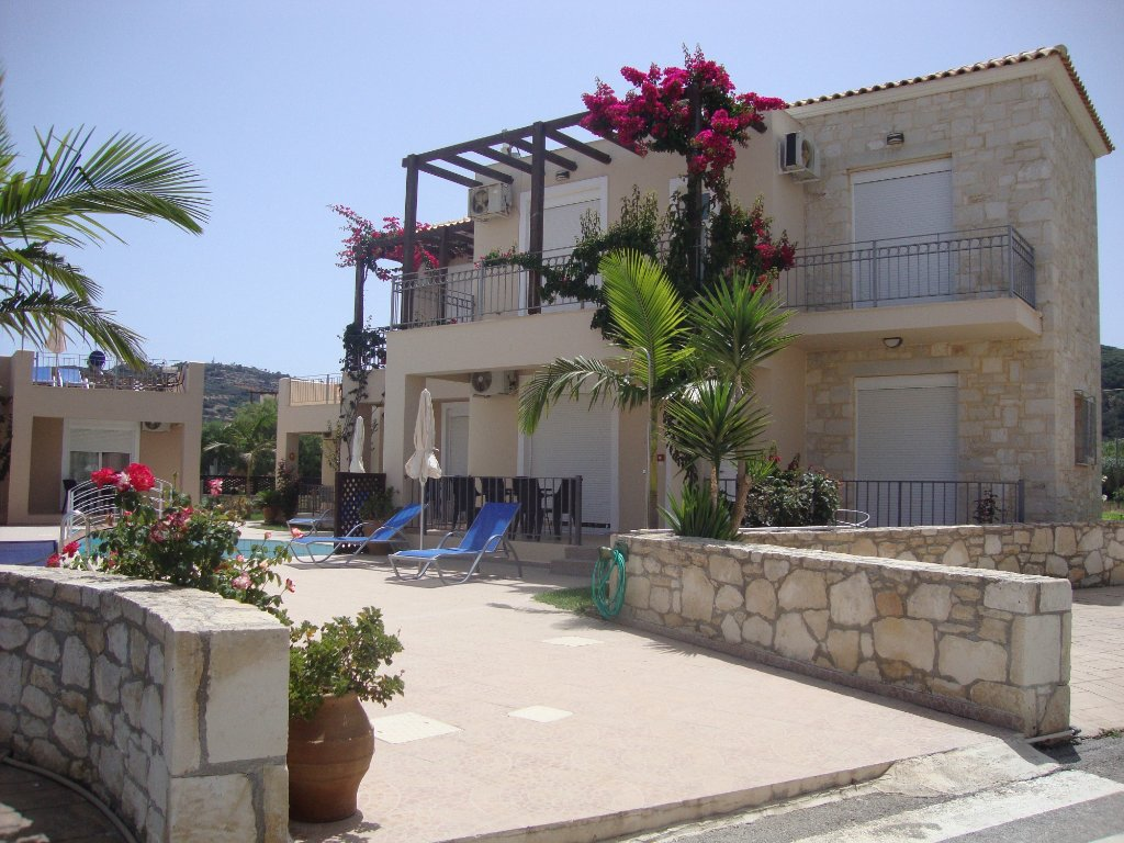 A perfect headquarter to explore west and central Crete