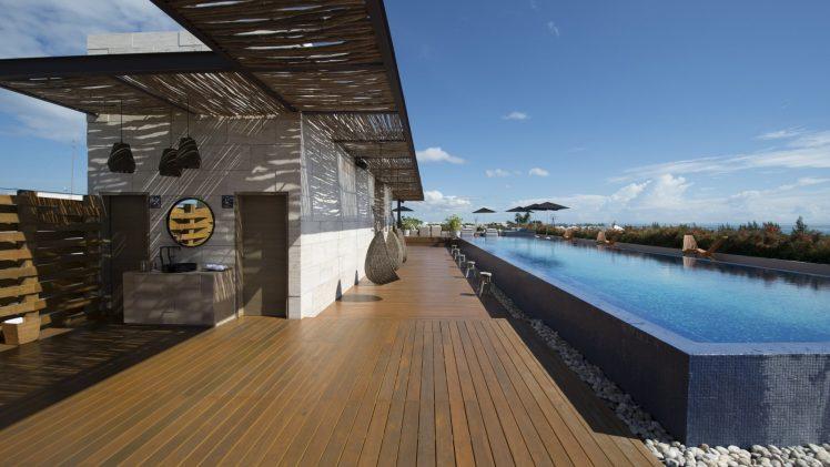 Great rooftop hangout!
